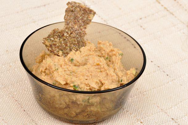 Рецепта за хумус - пастет от нахут, сусамов тахан и подправки