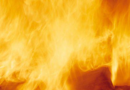 Учителят Говори – (19) Свещения Огън