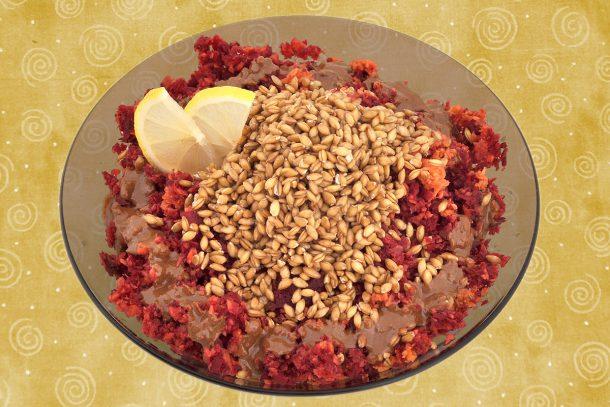 Какво ядат суровоядците? - Салата от моркови и червено цвекло, с покълнал лимец, сусамов тахан и лимон