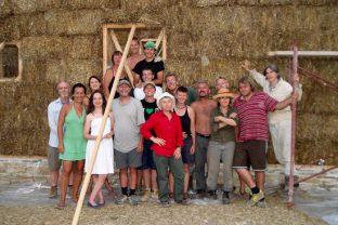 Изграждане със сламени бали – Айлийн и Алан Съдърланд