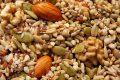 Защо трябва да консумираме само сурови и накиснати ядки и семена?