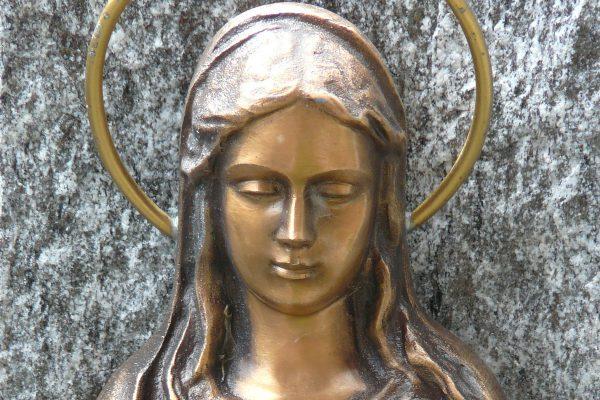 saint-woman