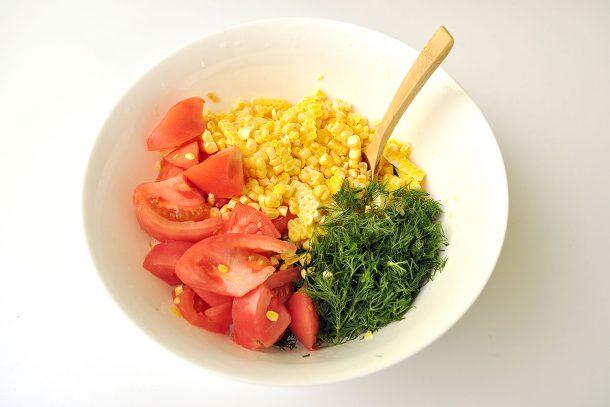 Рецепта за салата с майонеза от тиквичка, авокадо и лимон