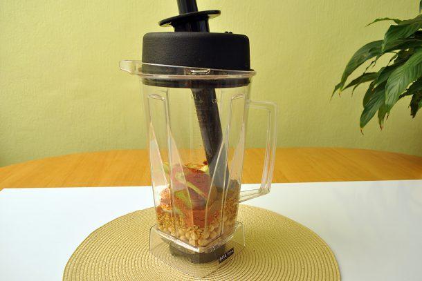 Хумус с лимец, нахут и авокадо - приготвяне в блендер