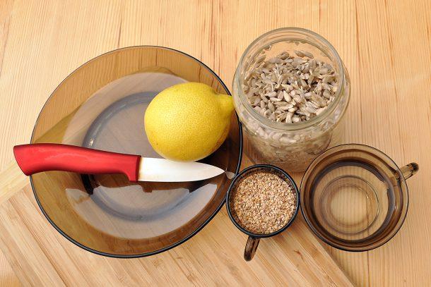 Продукти за крема сирене от покълнал слънчоглед