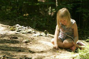 Пръстта не е мръсна: изграждане на детски имунитет