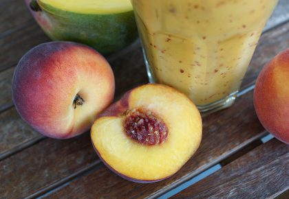 Фруктозата създава ли риск за черния дроб и за увеличаване на триглицеридите? Вредно ли е да се ядат много плодове и да се пият много фреш-сокове?
