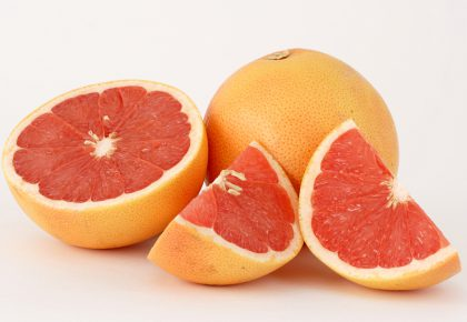 Сок от грейпфрут преди хранене помага ли за отслабване, при какви условия?