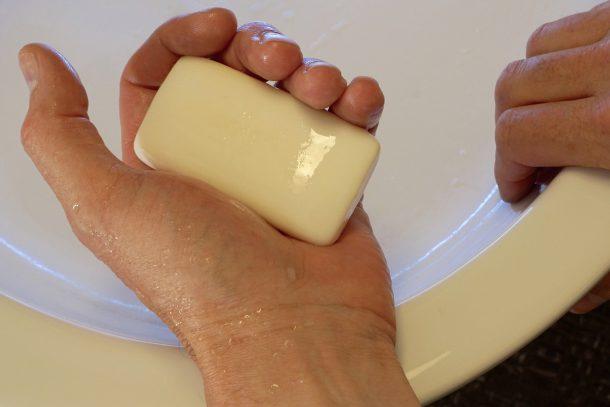 Първото правило е: чистота на ръцете!
