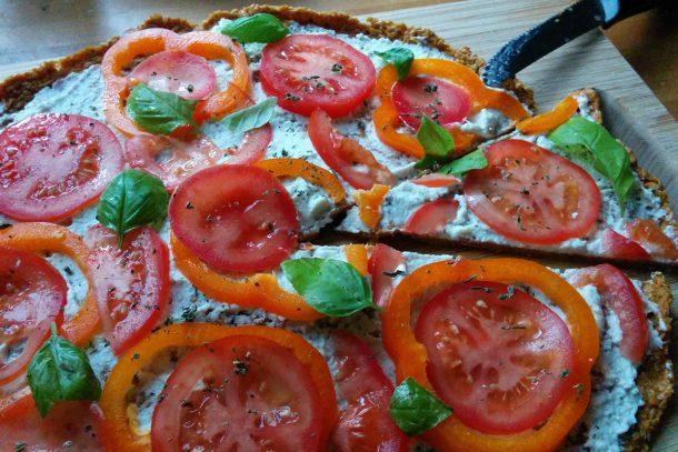 Тази пица беше със сирене крема от макадамия...