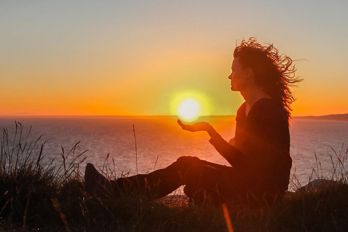 Светлината на душата е по-сияйна от Слънцето