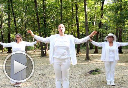 """Духът Божи"" - упражнение с музика и движения"